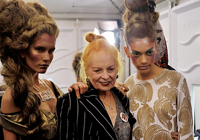 VIVIENNE WESTWOOD - LONDON S/S 2012 FASHION SHOW - BACKSTAGE
