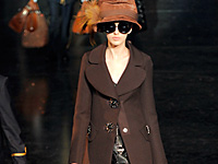 LOUIS VUITTON - PARIS F/W 2012 FASHION SHOW