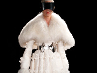 ALEXANDER MCQUEEN - PARIS F/W 2012 FASHION SHOW